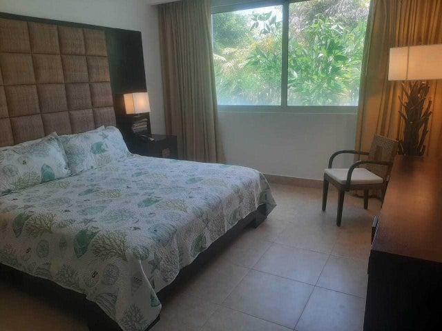 Apartamento Cocle>Rio Hato>Playa Blanca - Alquiler:1.207 US Dollar - codigo: 21-3849