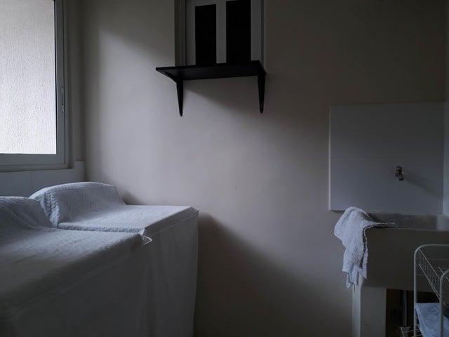 Apartamento Panama>Panama>Versalles - Alquiler:950 US Dollar - codigo: 21-3863
