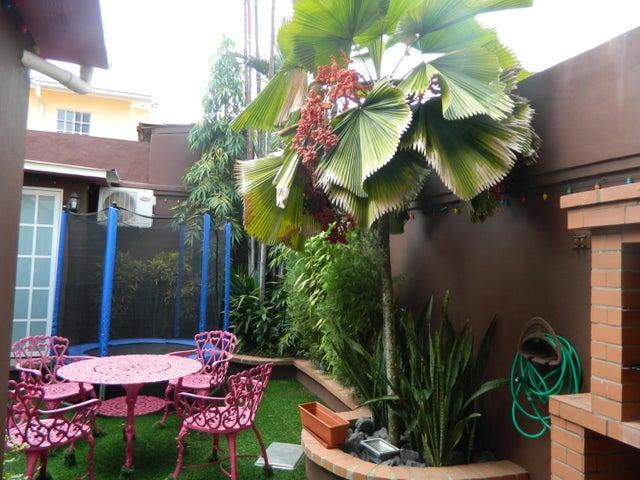 Casa Panama>Panama>Albrook - Venta:375.000 US Dollar - codigo: 21-3916
