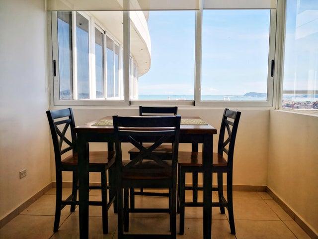 Apartamento Panama>Panama>Avenida Balboa - Venta:126.000 US Dollar - codigo: 21-3936