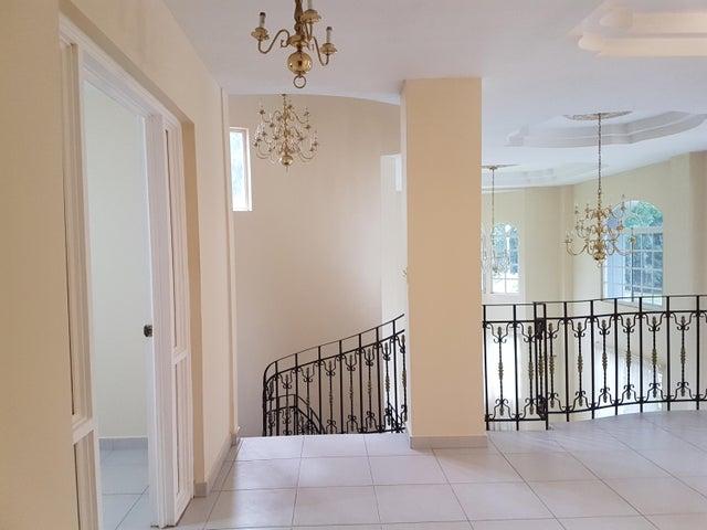 Casa Panama>Panama>Albrook - Venta:675.000 US Dollar - codigo: 21-3963