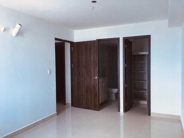 Apartamento Panama>Panama>12 de Octubre - Alquiler:695 US Dollar - codigo: 21-4701