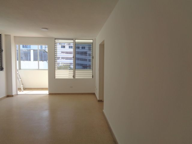 Apartamento Panama>Panama>San Francisco - Alquiler:650 US Dollar - codigo: 21-3673