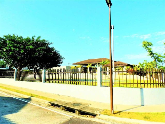 Casa Panama>Panama>Brisas Del Golf - Venta:250.000 US Dollar - codigo: 21-4965