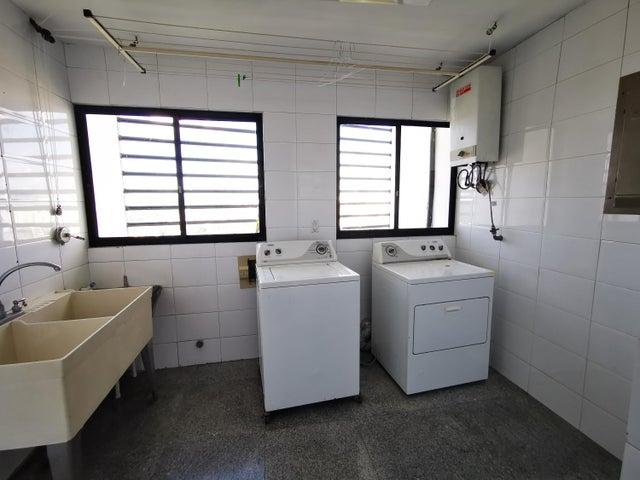 Apartamento Panama>Panama>La Cresta - Alquiler:2.300 US Dollar - codigo: 21-5008