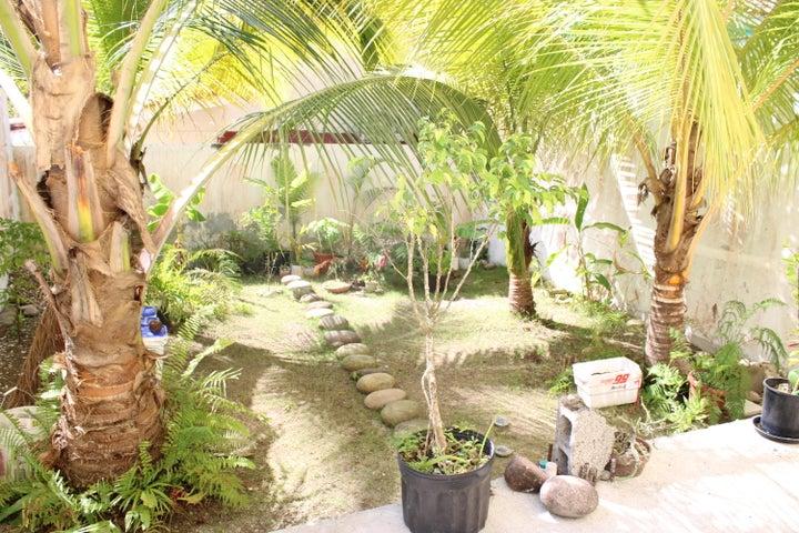 Casa Panama>Panama>Altos de Panama - Venta:220.000 US Dollar - codigo: 21-5124