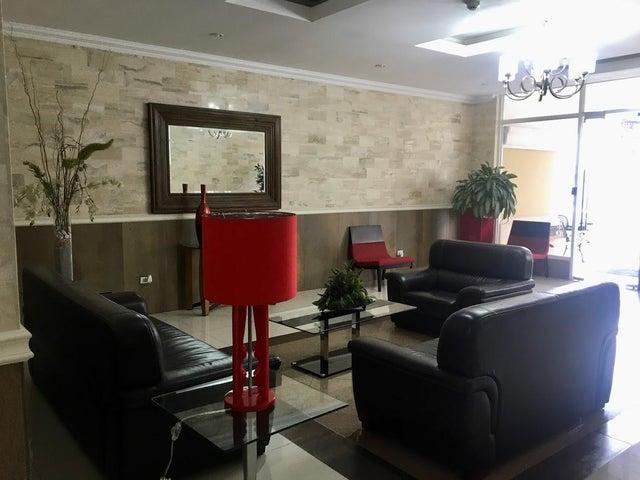 Apartamento Panama>Panama>Obarrio - Venta:185.000 US Dollar - codigo: 21-5208