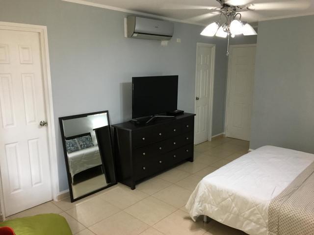 Apartamento Panama>Panama>Costa del Este - Alquiler:1.400 US Dollar - codigo: 21-5213