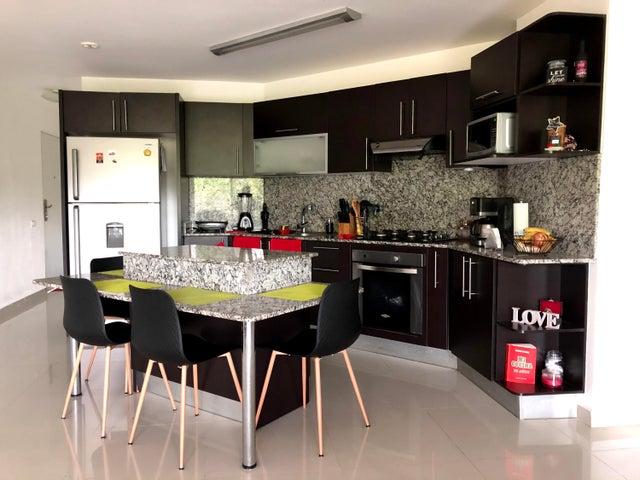 Apartamento Panama>Panama>Ancon - Alquiler:700 US Dollar - codigo: 21-6081