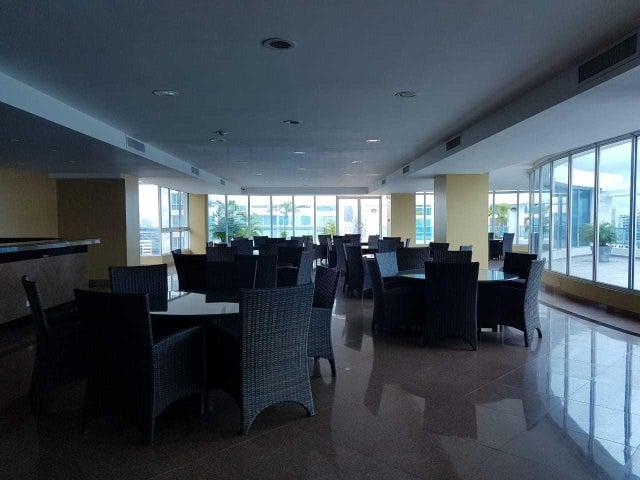 Apartamento Panama>Panama>Avenida Balboa - Venta:220.000 US Dollar - codigo: 21-6408