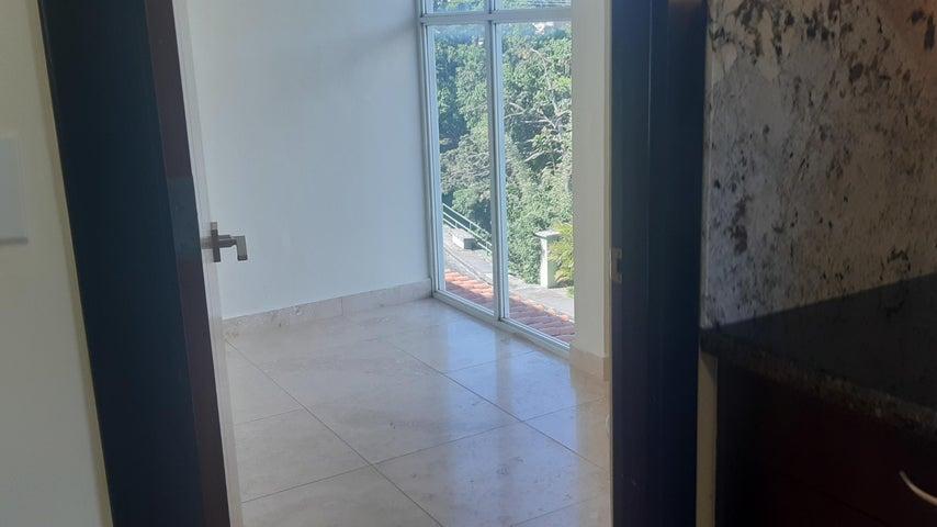 Apartamento Chiriqui>Boquete>Alto Boquete - Venta:399.000 US Dollar - codigo: 21-5585