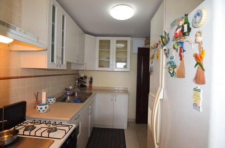 Apartamento Panama>Panama>San Francisco - Alquiler:890 US Dollar - codigo: 21-6062