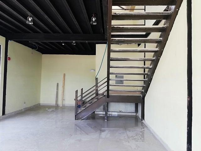Local Comercial Chiriqui>Bugaba>La Concepciona - Venta:1.500.000 US Dollar - codigo: 21-6075