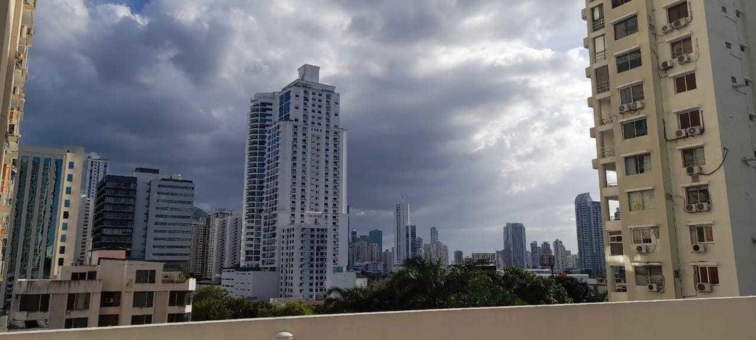 Apartamento Panama>Panama>San Francisco - Venta:200.000 US Dollar - codigo: 21-3961