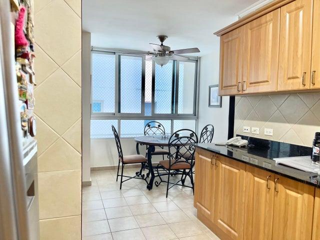 Apartamento Panama>Panama>Marbella - Venta:370.000 US Dollar - codigo: 21-6248