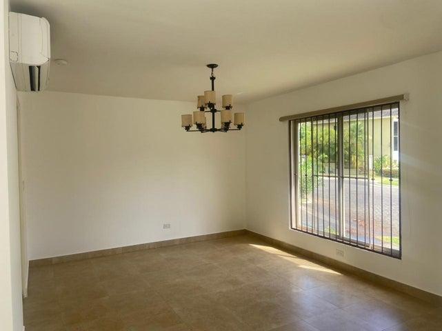 Casa Panama>Panama>Clayton - Venta:495.000 US Dollar - codigo: 21-6275
