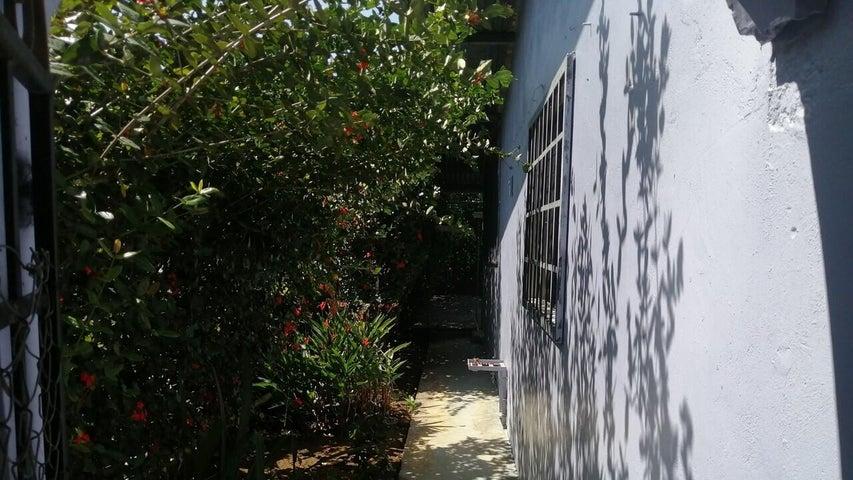 Casa Chiriqui>Dolega>Los Anastacios - Alquiler:500 US Dollar - codigo: 21-6334