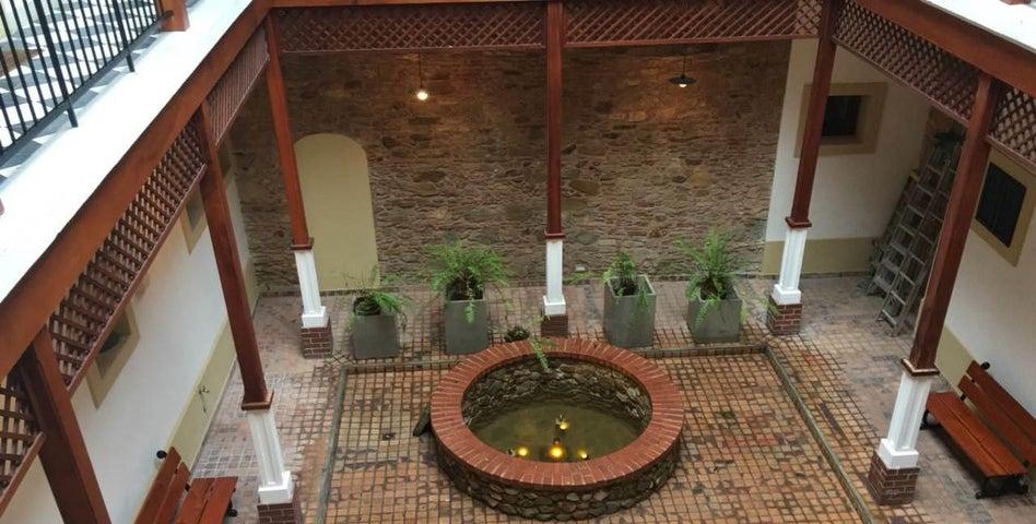 Apartamento Panama>Panama>Casco Antiguo - Alquiler:1.600 US Dollar - codigo: 21-6612