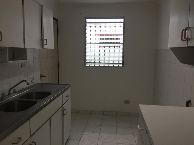 Casa Panama>Panama>Chanis - Alquiler:1.100 US Dollar - codigo: 21-6936