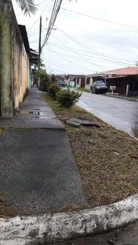 Casa Panama>Panama>Las Cumbres - Venta:85.000 US Dollar - codigo: 21-8081
