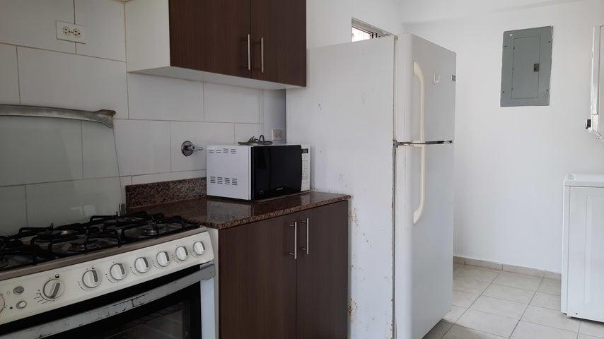 Apartamento Panama>San Miguelito>Amelia D - Venta:117.000 US Dollar - codigo: 21-8297