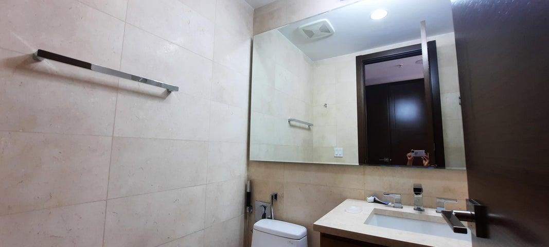 Apartamento Panama>Panama>Santa Maria - Alquiler:2.300 US Dollar - codigo: 21-8385