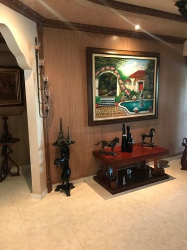 Casa Panama>Panama>Las Cumbres - Venta:205.000 US Dollar - codigo: 21-8569