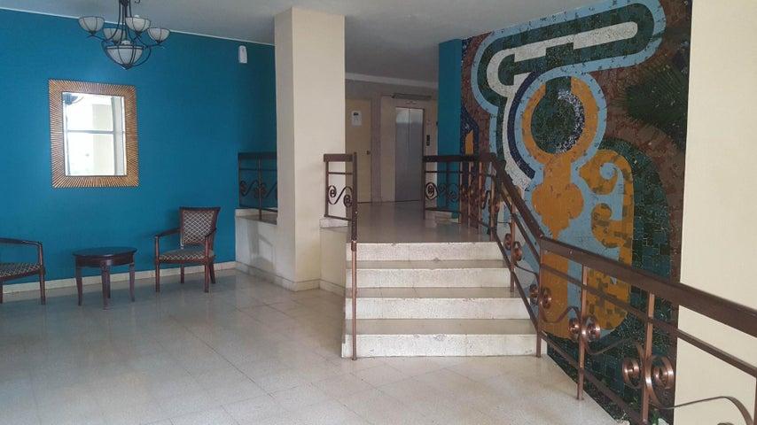 Apartamento Panama>Panama>El Cangrejo - Venta:200.000 US Dollar - codigo: 21-8786