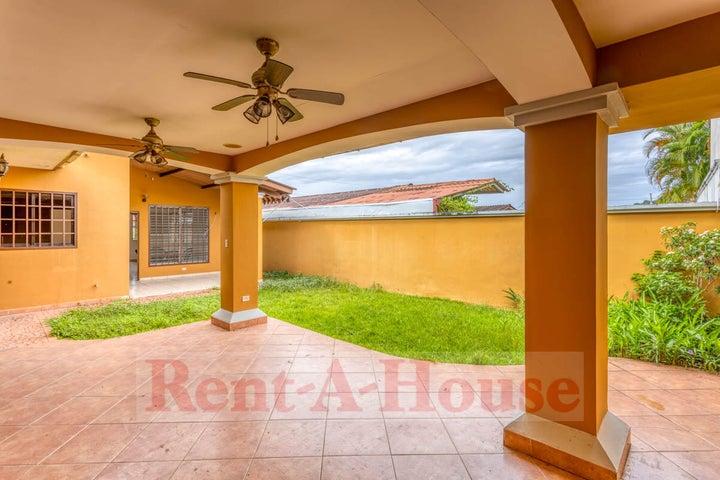 Casa Panama>Panama>Brisas Del Golf - Venta:220.000 US Dollar - codigo: 21-9706