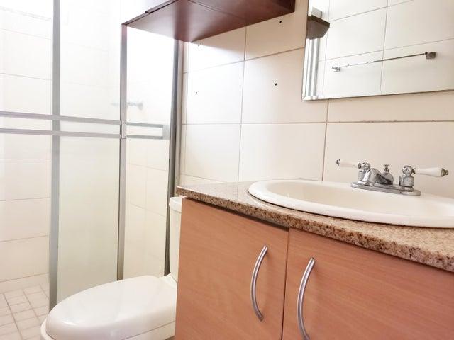 Apartamento Panama>Panama>Rio Abajo - Venta:118.000 US Dollar - codigo: 21-9742