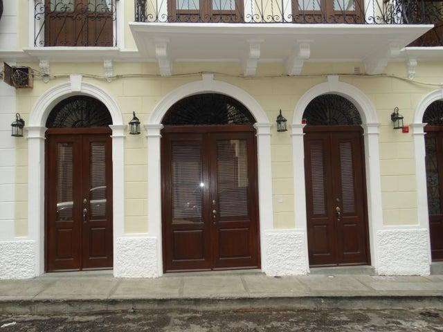 Local Comercial Panama>Panama>Casco Antiguo - Alquiler:2.000 US Dollar - codigo: 21-9774