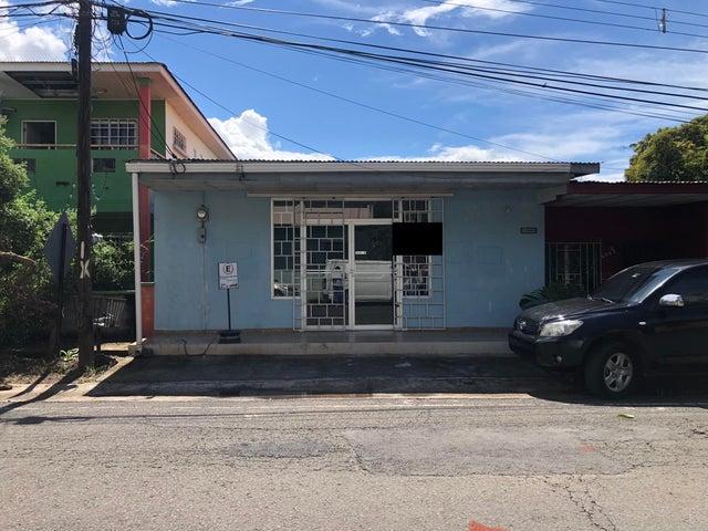 Local Comercial Herrera>Chitré>Chitré - Alquiler:400 US Dollar - codigo: 21-9804