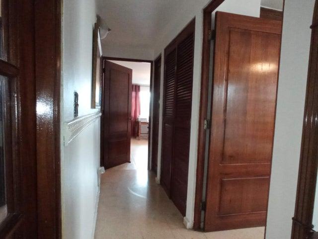 Apartamento Panama>Panama>Chanis - Venta:275.000 US Dollar - codigo: 21-11107