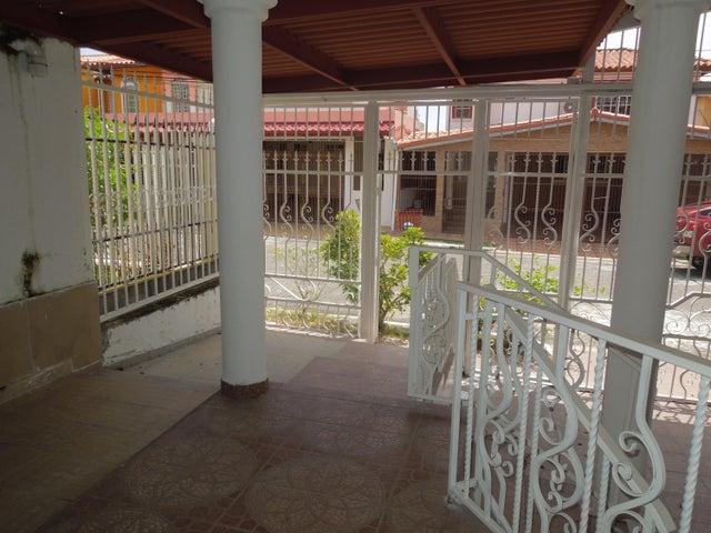 Casa Panama>Panama>Brisas Del Golf - Venta:350.000 US Dollar - codigo: 21-10703