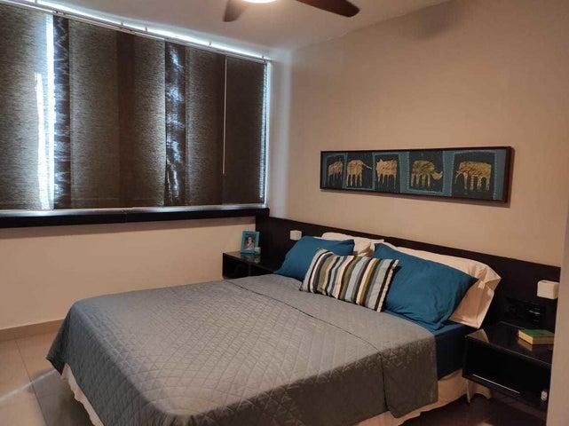 Apartamento Panama>Panama>Costa del Este - Venta:210.000 US Dollar - codigo: 21-10978