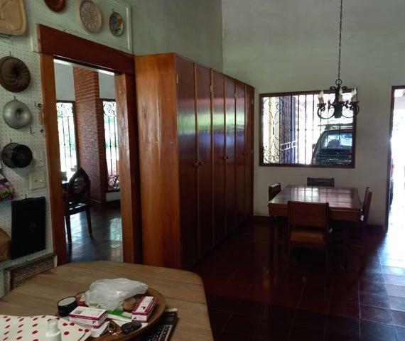 Casa Panama>Panama>Las Cumbres - Venta:640.000 US Dollar - codigo: 21-11115