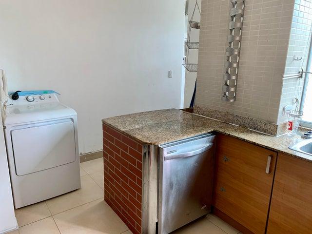 Apartamento Panama>Panama>San Francisco - Venta:290.000 US Dollar - codigo: 21-11129