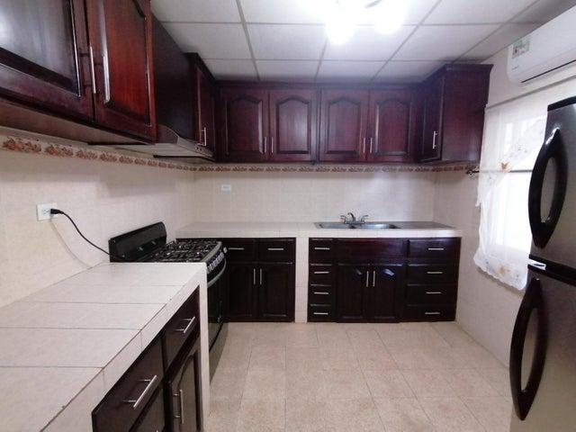 Casa Chiriqui>Boquete>Alto Boquete - Alquiler:850 US Dollar - codigo: 21-11127