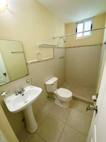 Apartamento Panama>Panama>Vista Hermosa - Alquiler:700 US Dollar - codigo: 21-11141