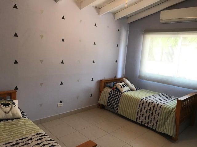 Casa Panama>Chame>Coronado - Venta:175.000 US Dollar - codigo: 21-11142
