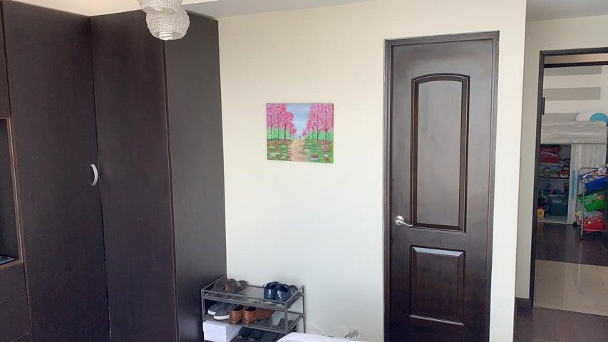 Apartamento Panama>Panama>Punta Pacifica - Alquiler:1.250 US Dollar - codigo: 21-11147