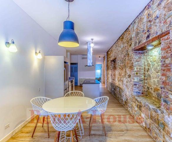 Apartamento Panama>Panama>Casco Antiguo - Alquiler:2.400 US Dollar - codigo: 21-12271