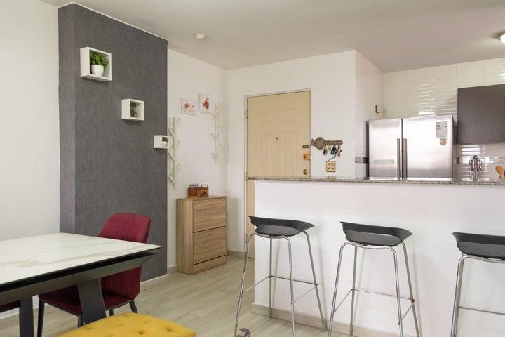 Apartamento Panama>Panama>Obarrio - Venta:175.000 US Dollar - codigo: 22-933
