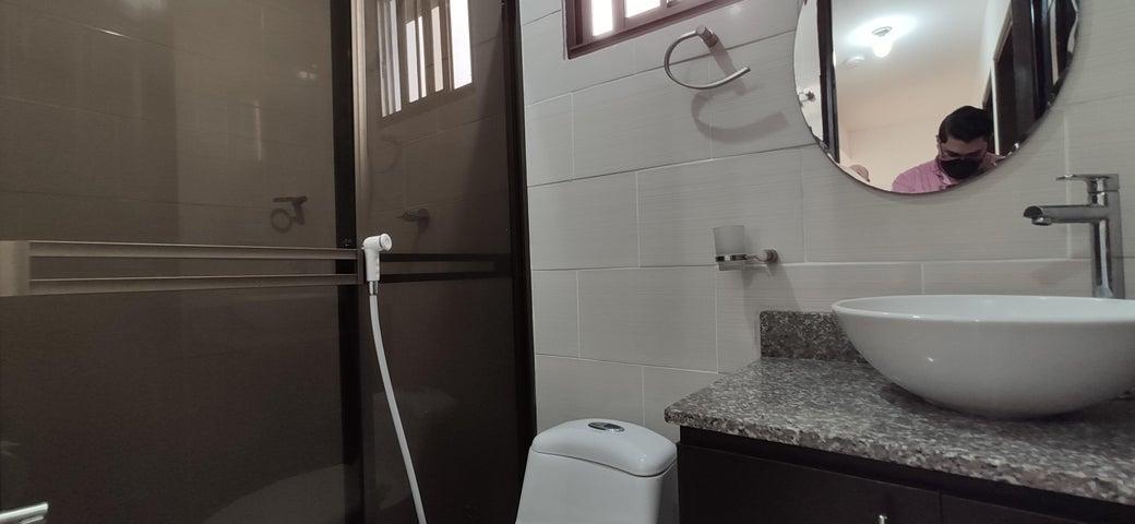 Casa Panama>Arraijan>Vista Alegre - Alquiler:650 US Dollar - codigo: 22-954