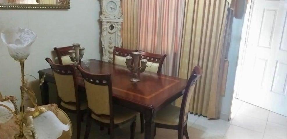 Casa Colon>Colón>Cristobal - Venta:119.000 US Dollar - codigo: 22-1193