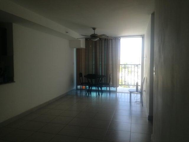 Apartamento Panama>Panama>Carrasquilla - Alquiler:800 US Dollar - codigo: 22-1733