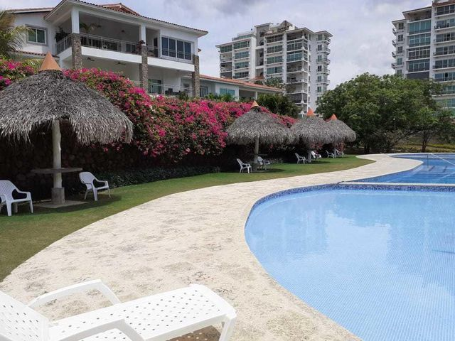 Apartamento Panama>Chame>Coronado - Venta:445.000 US Dollar - codigo: 22-1745