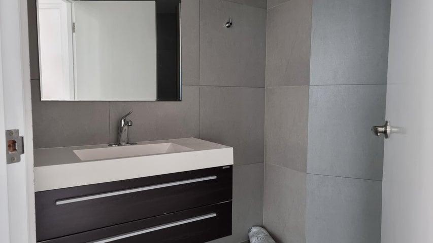 Apartamento Panama>Panama>Avenida Balboa - Venta:490.000 US Dollar - codigo: 22-1754