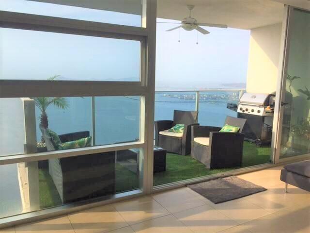 Apartamento Panama>Panama>Avenida Balboa - Venta:650.000 US Dollar - codigo: 22-1759
