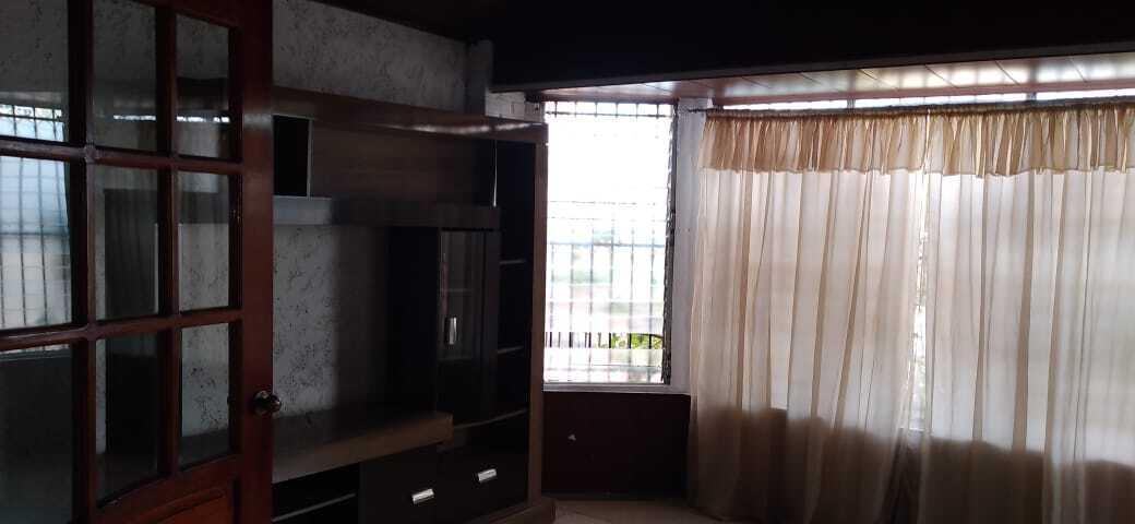 Casa Panama>Panama>Chanis - Alquiler:1.150 US Dollar - codigo: 22-1908